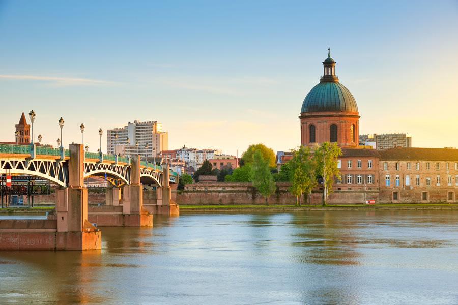 baby-sitter bilingue à Toulouse