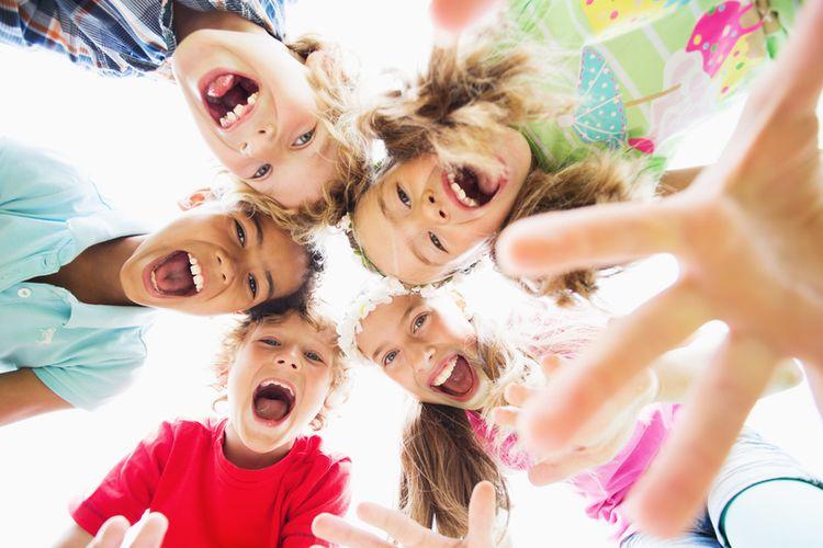 baby-sitter activités créatives enfants